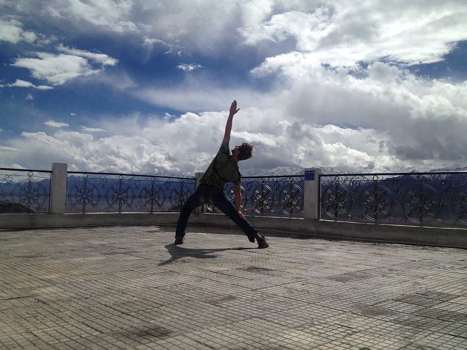 yoga-381653_960_720